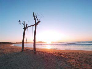 夕日ヶ浦のビーチブランコゆらり